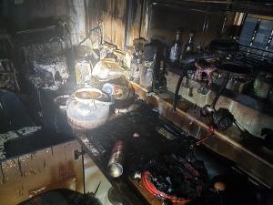 마산 단독주택 화재...60대 부상
